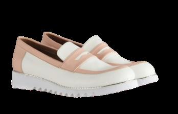 حذاء جلد