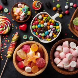 الحلويات والعلك
